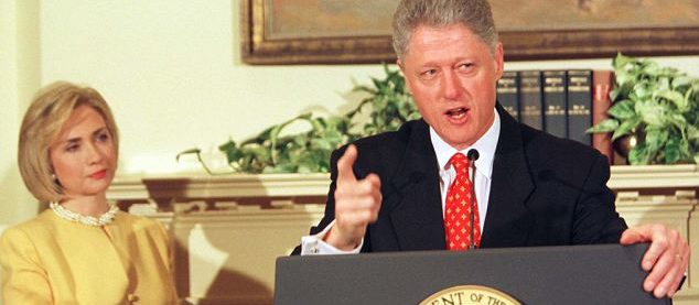 Bill and Hillary Clinton, sex with that woman, Impeachment —Voz Abierta